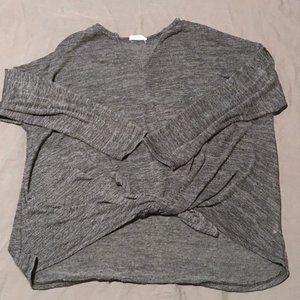 HummingBird Tie knot gray sweater Size M
